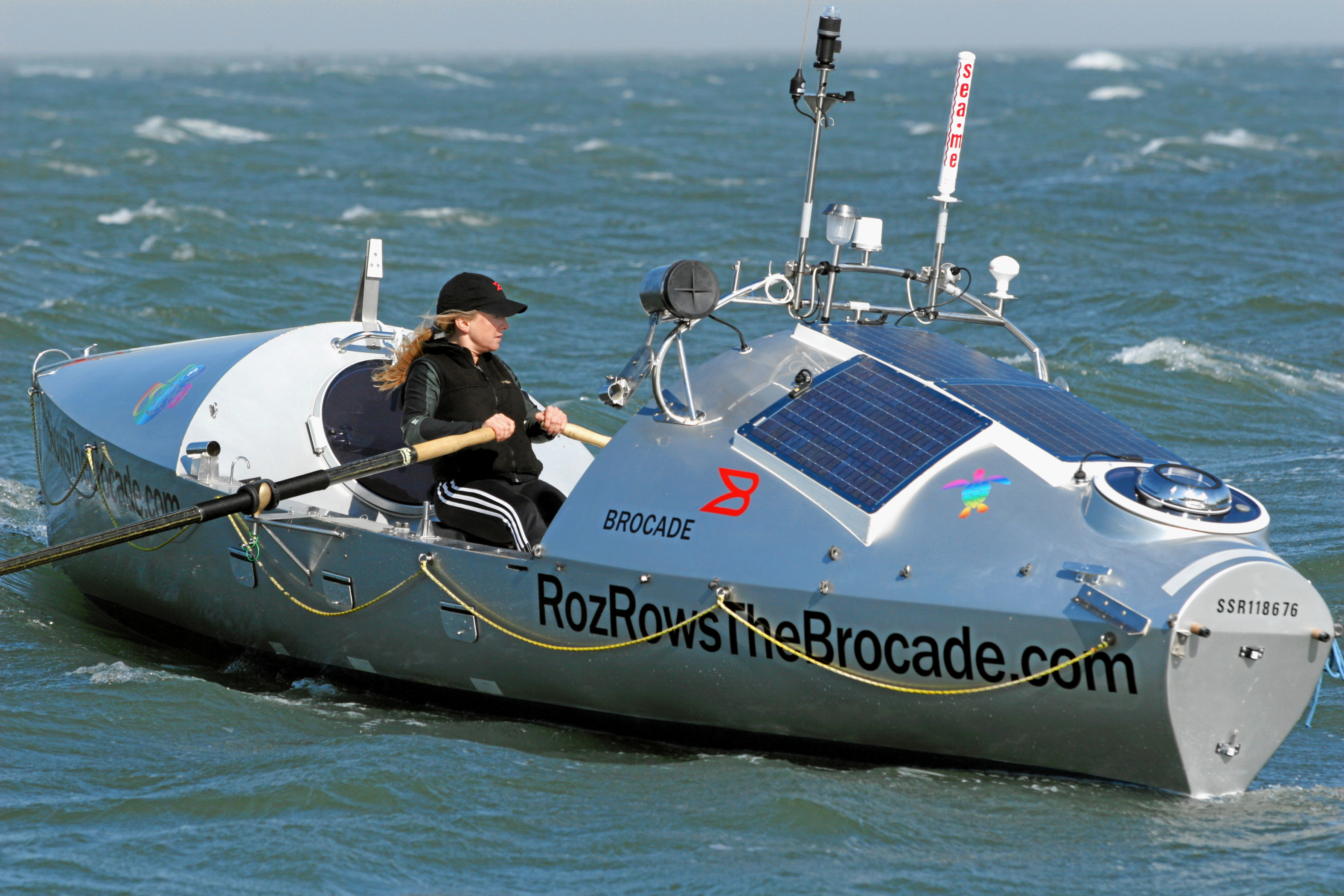 Brocade-sponsored rower Roz Savage tests her boat, The Brocade, Thursday, July 5, 2007, in San Francisco Bay near Sausalito, Calif., in preparation to row across the Pacific Ocean, with a projected launch date of July 10, 2007. (Photo by Court Mast, Mast Photography)